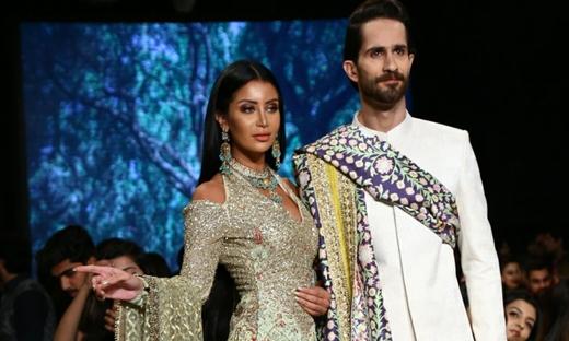 2018春夏婚紗[Tabya Khan]巴基斯坦時裝發布會
